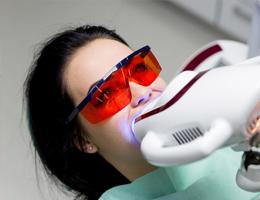 Профессиональное отбеливание зубов в Москве